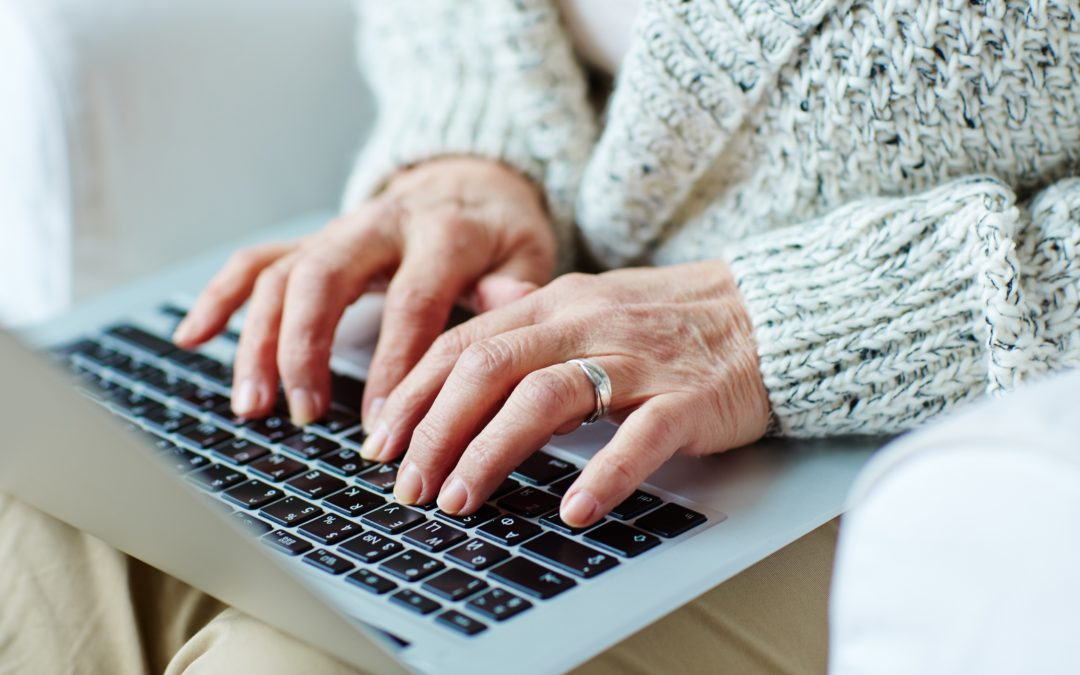 A brand new Facebook group to reduce seniors' isolation